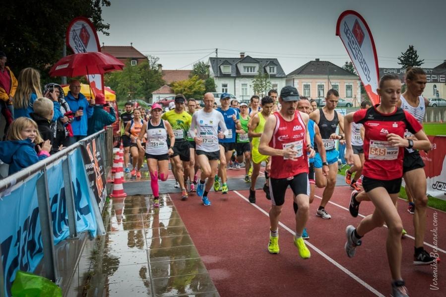 1_2018.09.01_Langenloiser-Weinstadtlauf_2018-135